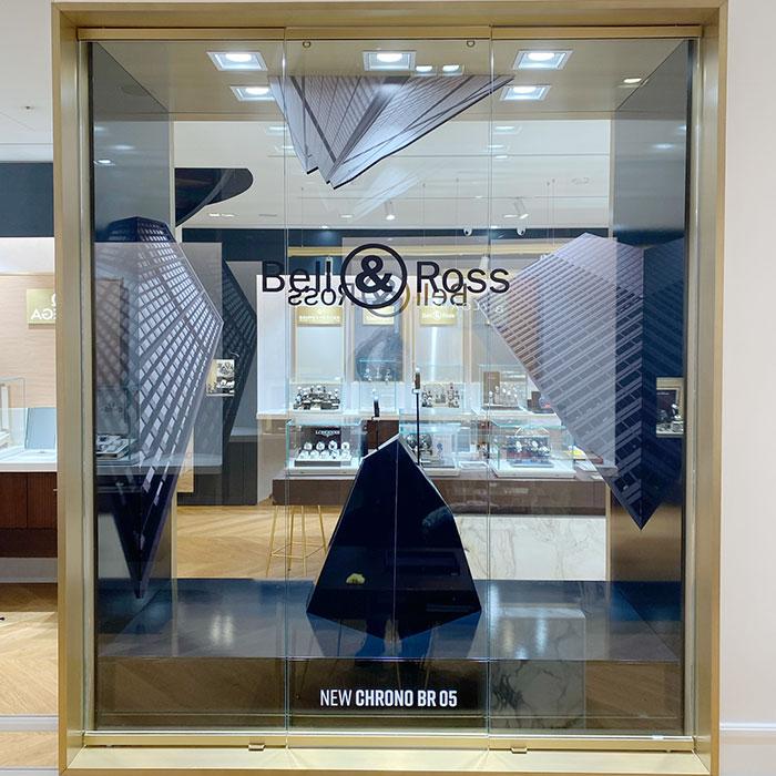 poly-expo-merchandising-decoration-vitrine-amenagement-interieur-Bell-Ross-Paris-75