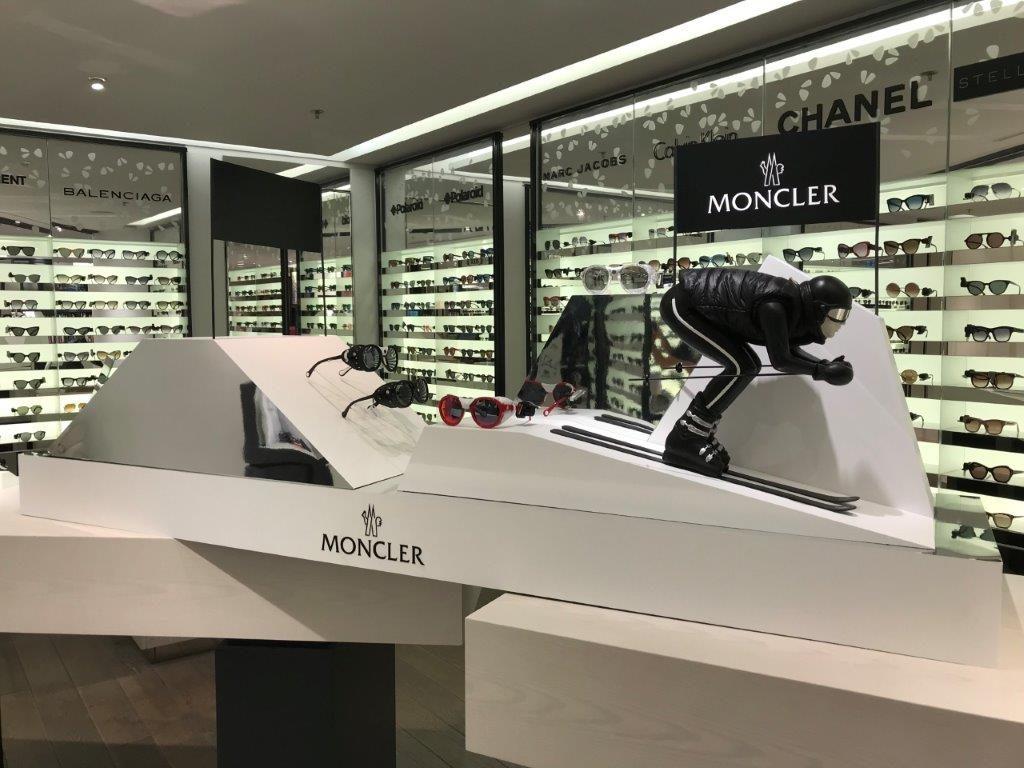 poly expo merchandising plv sur mesur moncler lunette
